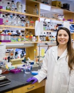 Adrianna Delatorre in her lab