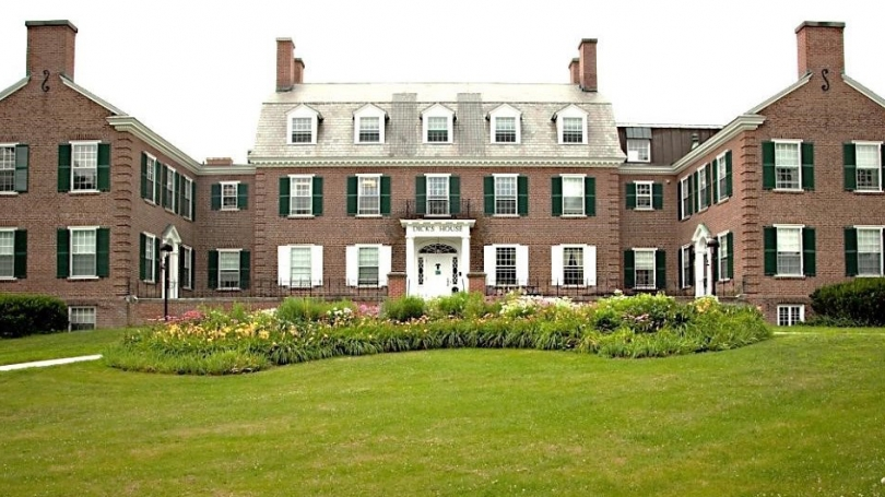 A photo of Dick's House, home to the Dartmouth College Health Servce.