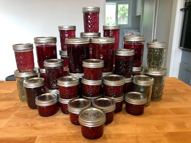 Maleah canned foods